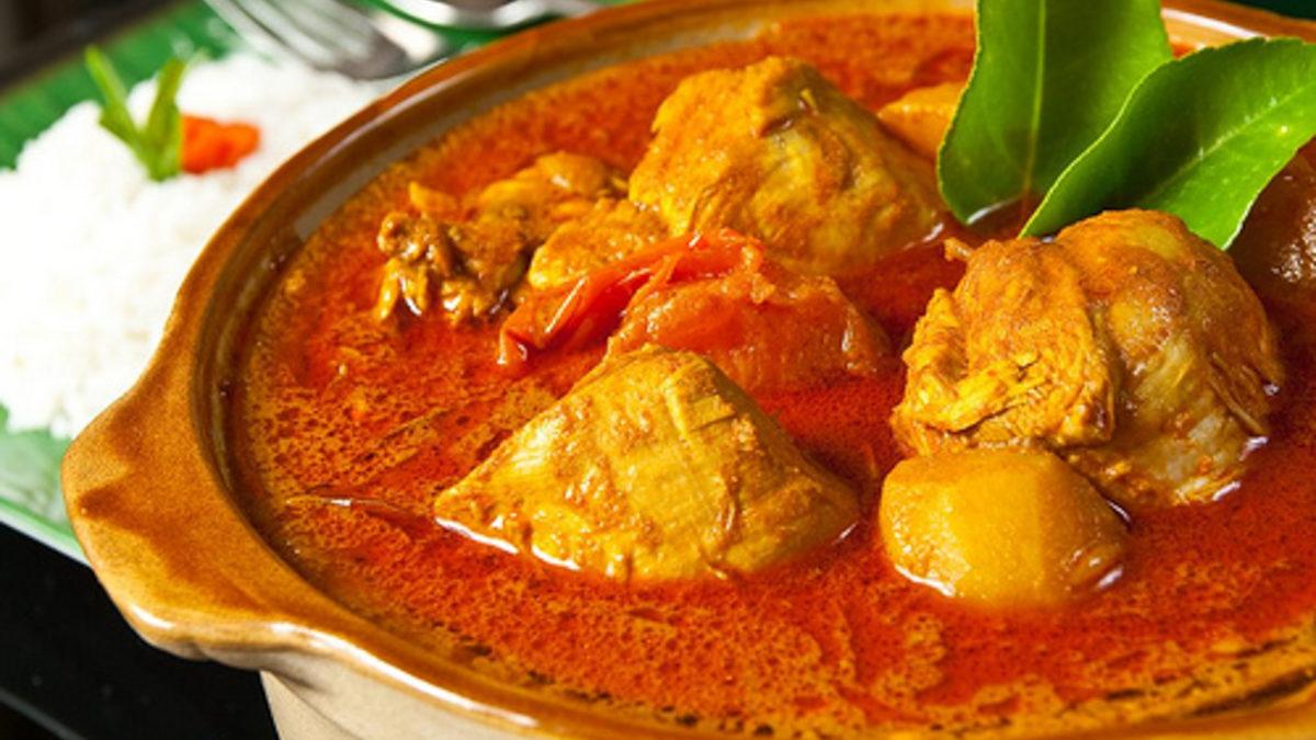 Kari Ayam Mamak Chicken Curry Mamak Cooking Class Penang with Chef Samuel