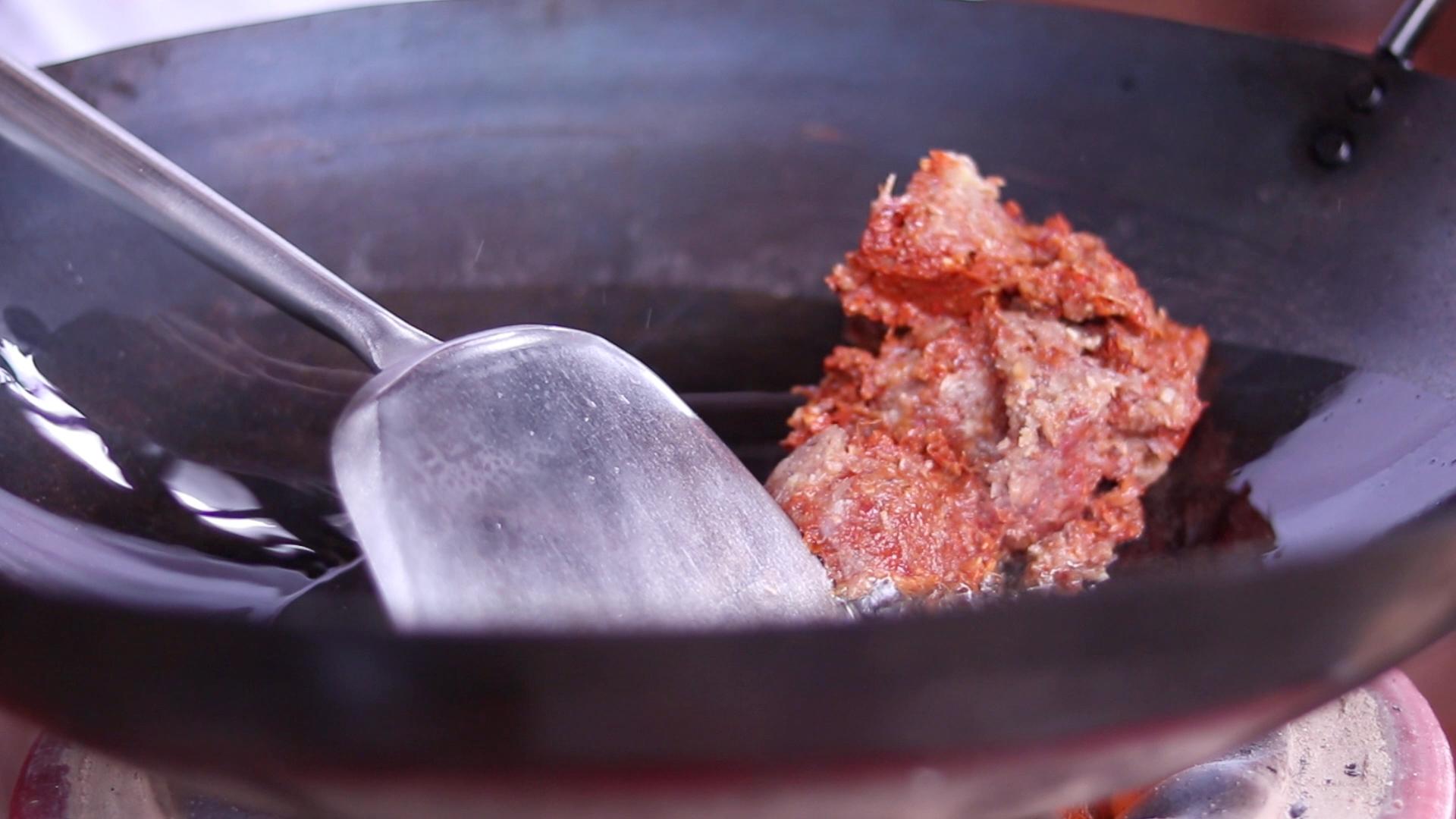 Stir Frying Paste for Sambal Hae Bee